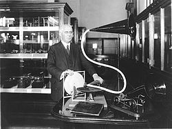 250px-Emile_Berliner_with_disc_record_gramophone_-_between_1910_and_1929